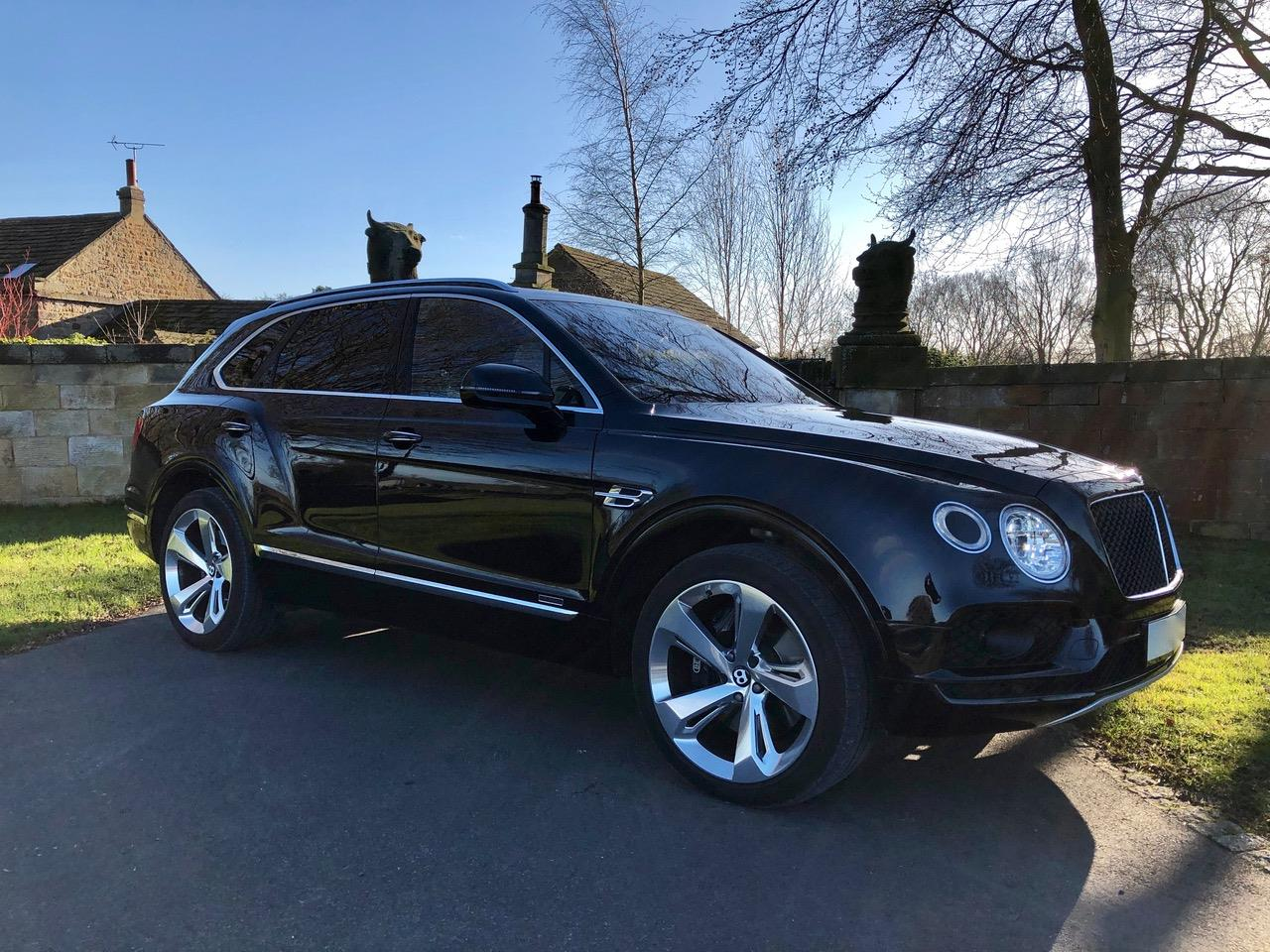 bentley-bentayga-S4126726-1